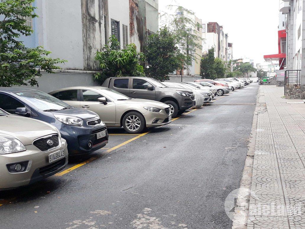 Cư dân chung cư Phú Thạnh, 8 năm chưa thấy sổ hồng