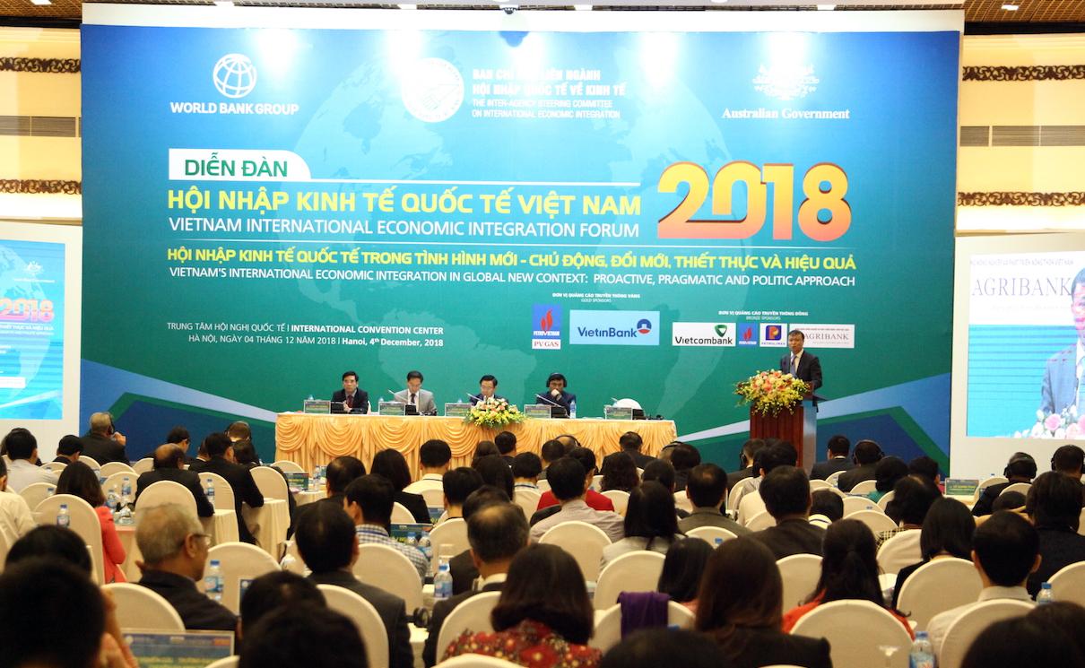 Làm sao để Việt Nam không biến cơ hội thành thách thức?
